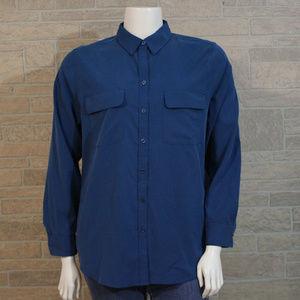 Chico's Misses XL Blue Pocket LS Button Up Shirt